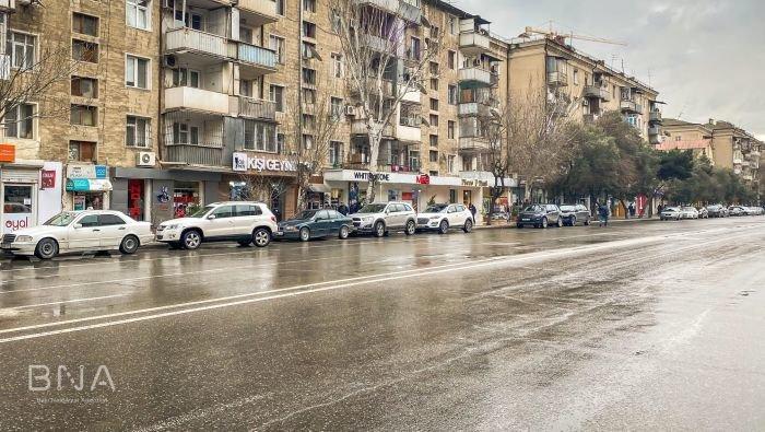 Bakı yollarında yeni lövhələr quraşdırıldı: Parklanma ödənişsizdir! - FOTO, fotoşəkil-3