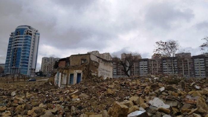 """""""Sovetski""""də kompensasiya mübahisəsi - Sökülən evlərə nə qədər pul verilməlidir?, fotoşəkil-1"""
