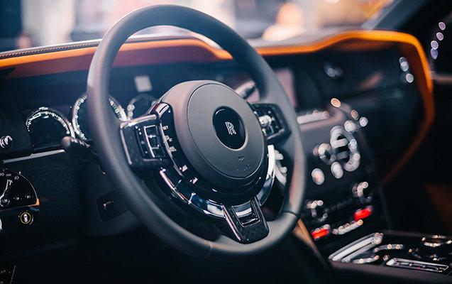 """Bakıya qiyməti yarım milyon manatdan çox olan """"Rolls-Royce"""" gətirildi - FOTO, fotoşəkil-10"""