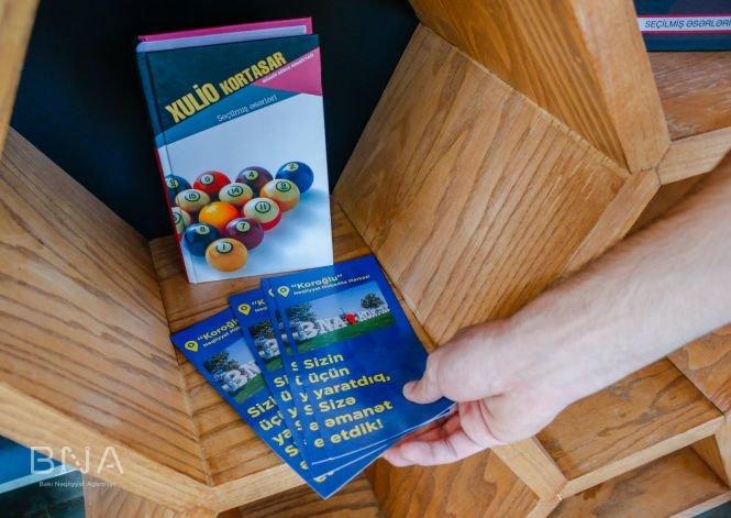 Bakıda avtobus dayanacaqlarına kitablar qoyulub - FOTO, fotoşəkil-9