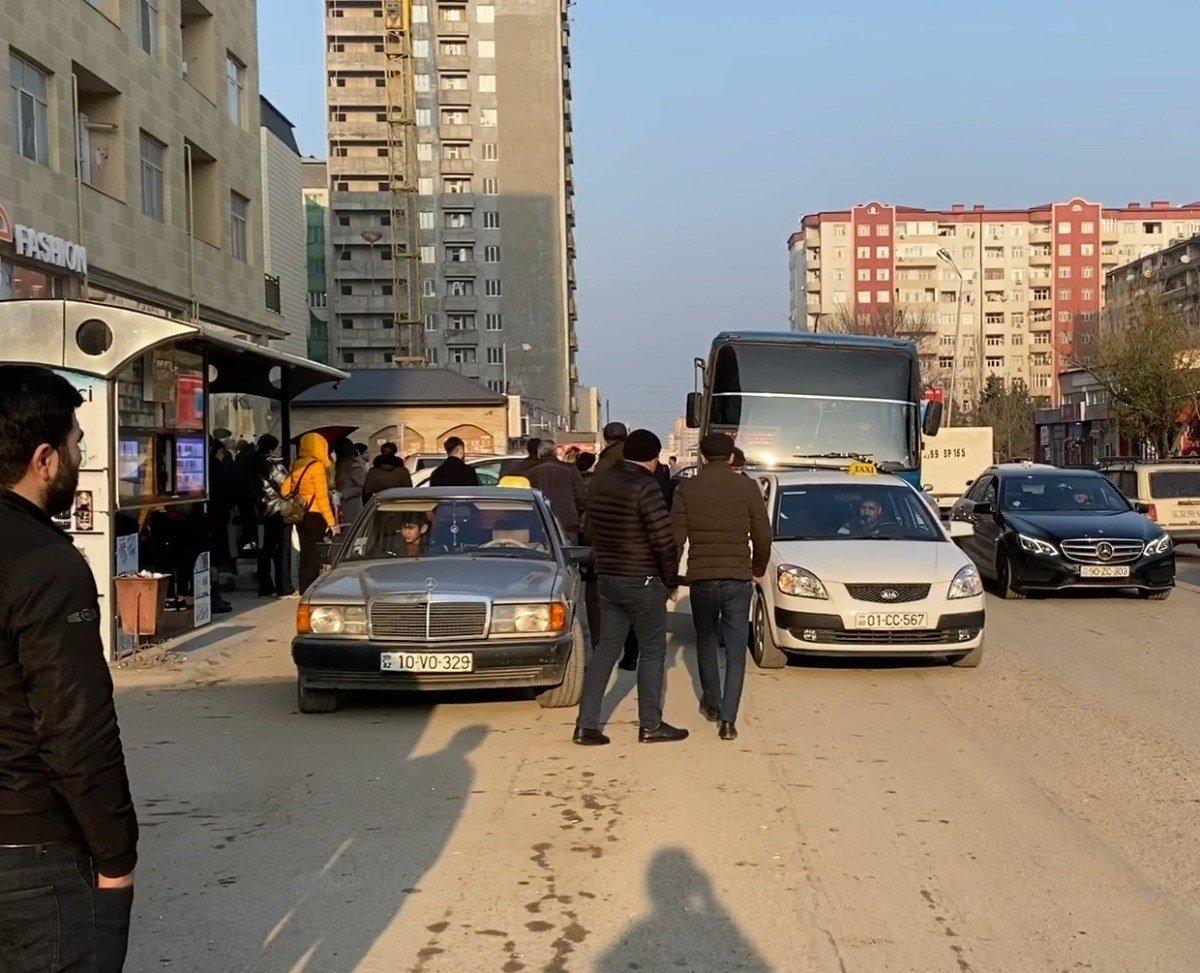 """Tıxac, sıxlıq, təhlükə: """"Manatlıq taksi"""" problemi nə vaxt həll olunacaq? - FOTO + VİDEO, fotoşəkil-4"""