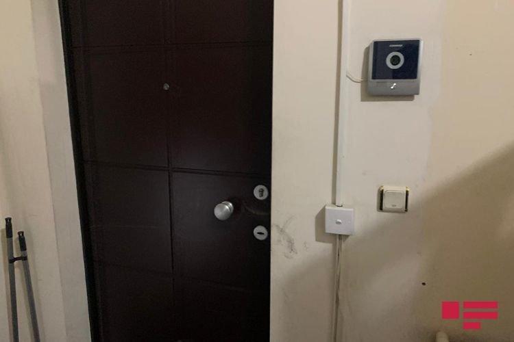 Bakıda hündür binada yanğın: Evdə tək qalan uşaq xilas edildi - FOTO, fotoşəkil-2