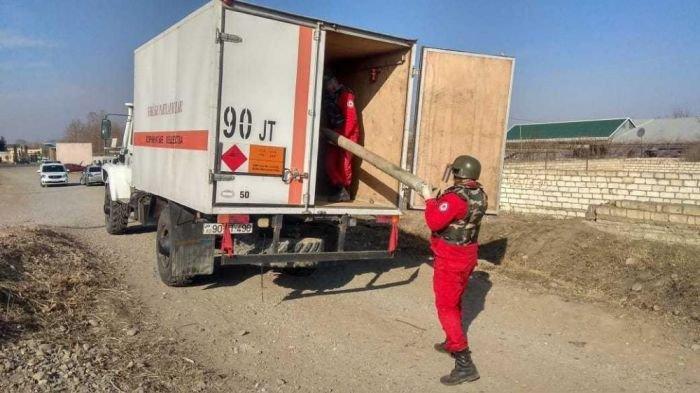 Bakı-Qazax yolunda raket tapıldı - FOTO, fotoşəkil-1