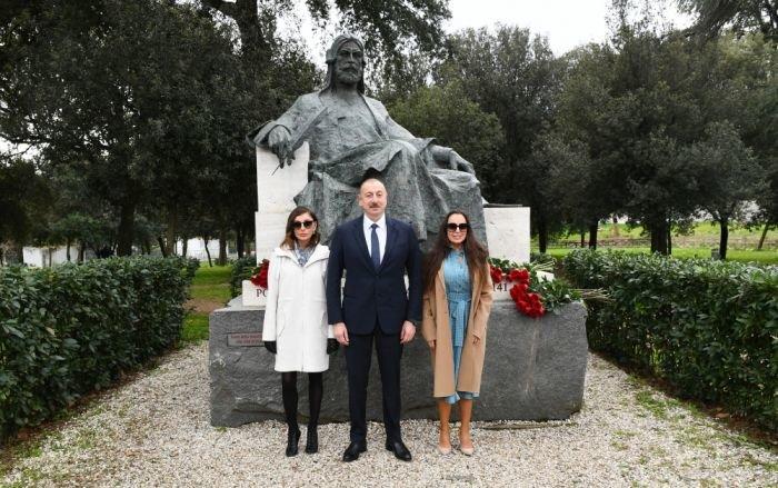 Prezident və ailəsi Romada gəzintidə - FOTO, fotoşəkil-4