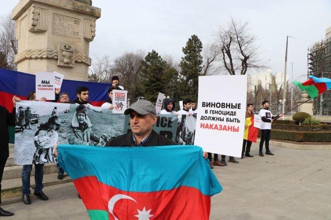 """Moldovada """"Xocalıya ədalət"""" şüarı altında yürüş - FOTO, fotoşəkil-2"""