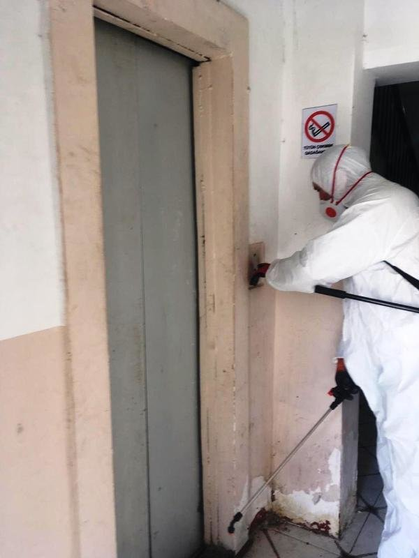 Bakıda yaşayış binaları dezinfeksiya edilir - FOTO, fotoşəkil-4