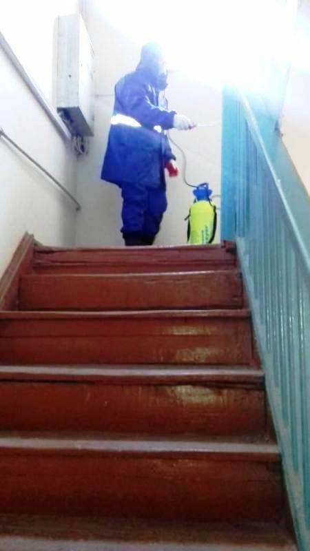 Bakıda yaşayış binaları dezinfeksiya edilir - FOTO, fotoşəkil-5