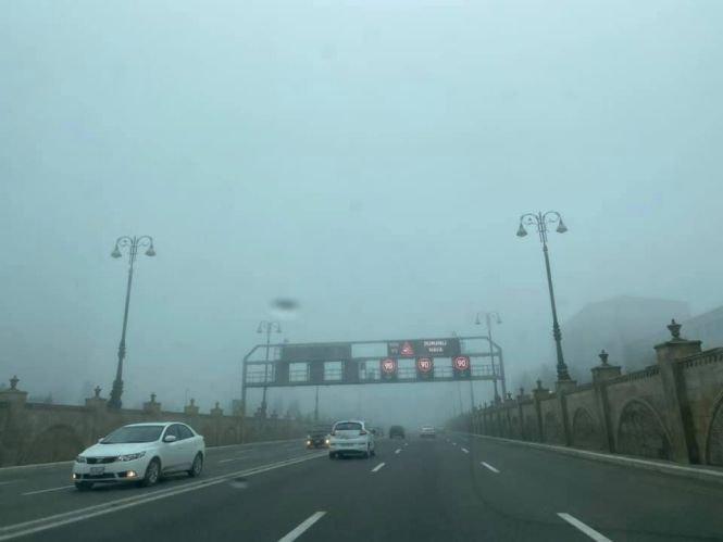 Bakıda uzunmüddətli dumanın SƏBƏBİ - FOTO, fotoşəkil-1