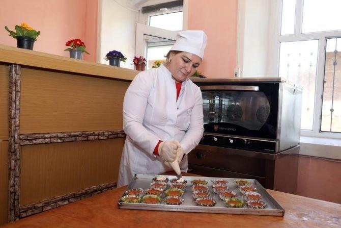 Azərbaycanda kiçik müəssisələrini yaradan qadınlar - FOTO, fotoşəkil-4