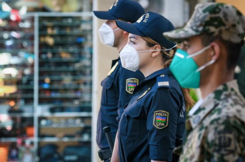 Bakı polisi karantin rejimini pozanları cərimələyir - FOTO/VİDEO, fotoşəkil-3