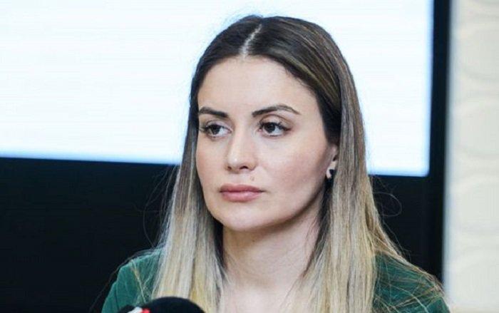 TƏBİB rəsmisinin anası koronavirusa yoluxdu - FOTO, fotoşəkil-1