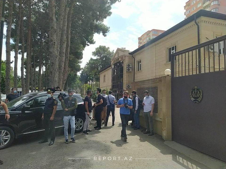 Ramiz Mehdiyevin kürəkəni hakim qarşısına çıxarılıb - FOTO (YENİLƏNİB), fotoşəkil-1